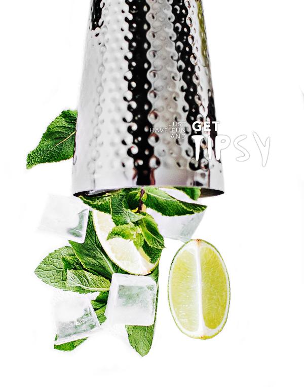 Enjoy our cocktails!